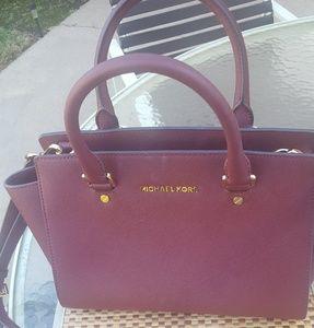 c0a6a2fb4203 Women s Macys Mk Handbags on Poshmark